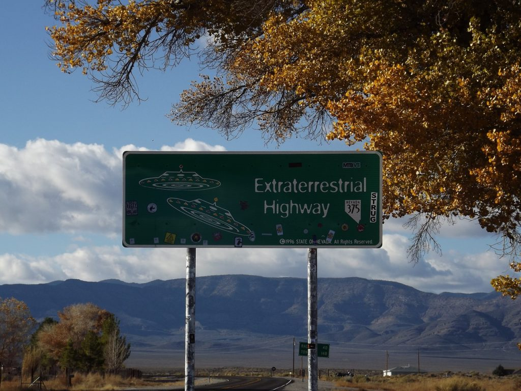 Extraterrestrial Highway. Bore out tabou